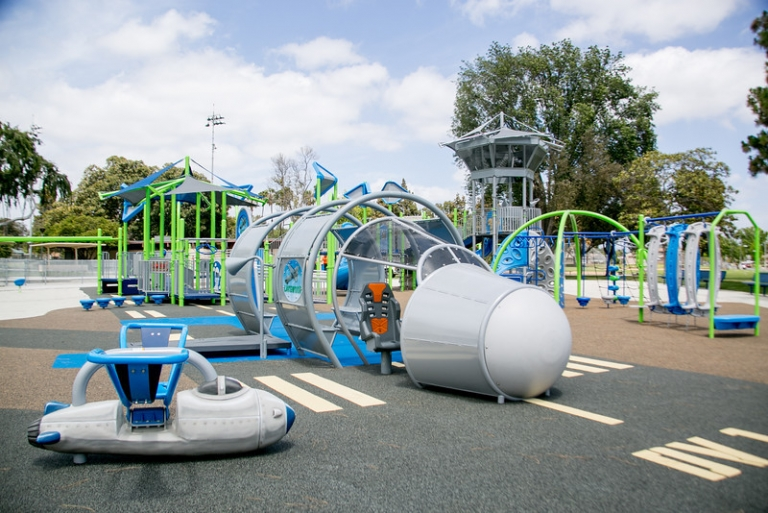 SpectraPour System at DV Playground.